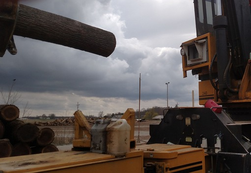 Case study Pike Lumber: Machine vision system mounted onto the grapple loader cabin